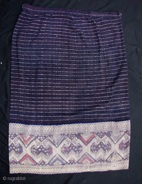 Lovely vintage (circa 50 years old) Lao skirt with wide lower hem silk woven pattern. This is in good condition and just washed. There is a waist band sewn into the top.  ...