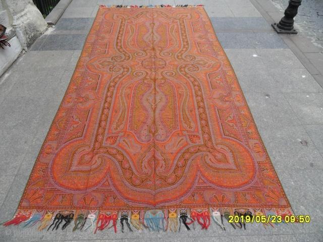 Antique Kasmire Textile size: 325x160 cm.
