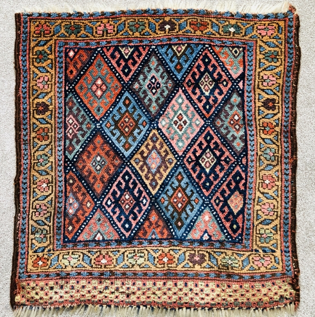 Antique Jaf Kurd bagface ca 1880 or before.  Lovely soft old natural colours  Small repair in field as good as they get in my opinion size 75 x 67 cm