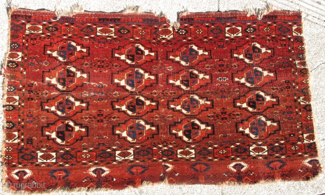 Older Arabachie Chuval, vibrant natural color and soft glossy wool with a great handle. Characteristic cotton and camel wool weft. cut and shut but not missing much