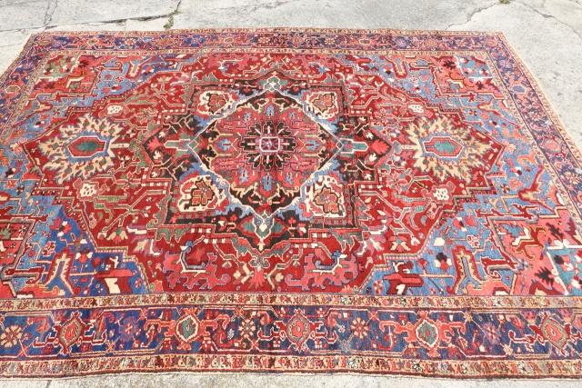 Antique Heriz with a Serapi soul , Antique ebay Auction Start:  https://www.ebay.com/itm/383606498958
