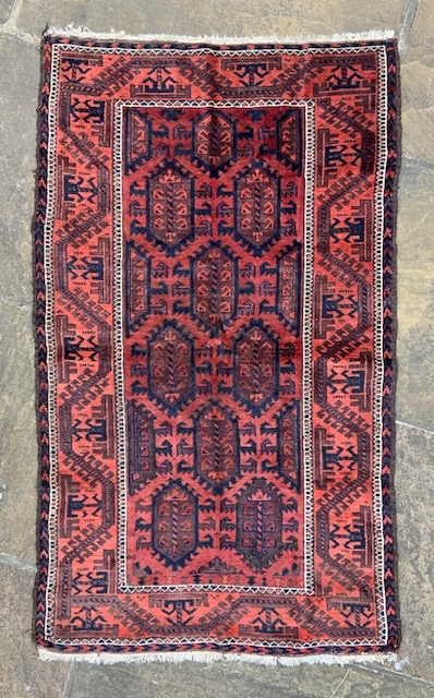 Nice old Baluch rug in overall good condition, acquired as seen from a private UK collection - 1.50 x 0.89m (5' x 3').