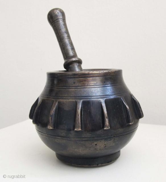 OTTOMAN Brass Mortar & Pestle. Late 18th C. Height of mortar 9.5 cms. Weight 2 kgs.