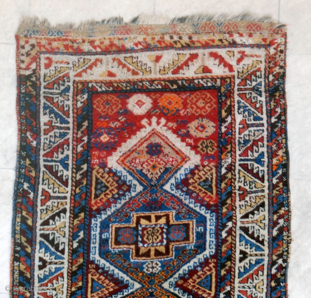 Gaziantep (Aintab) South Anatolian rug. Circa 1940. 91 x 219 cm.Gigh pile and good condition in general.