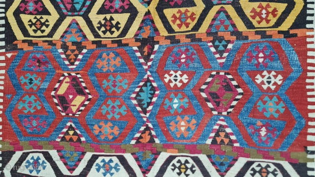 Konya kilim in great beauty and condition. Cm 140x380. Should be end 19th century. Lovely natural colors. Amazing pattern. More pics here: https://www.instagram.com/p/CUkG0GGMOA0/