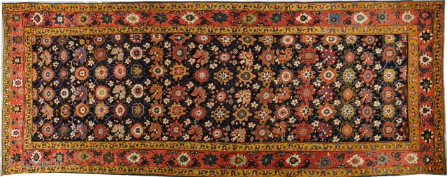 North West Persian  Kelley very important piece cm 220x580 cm early  XIX th century perfect conditions