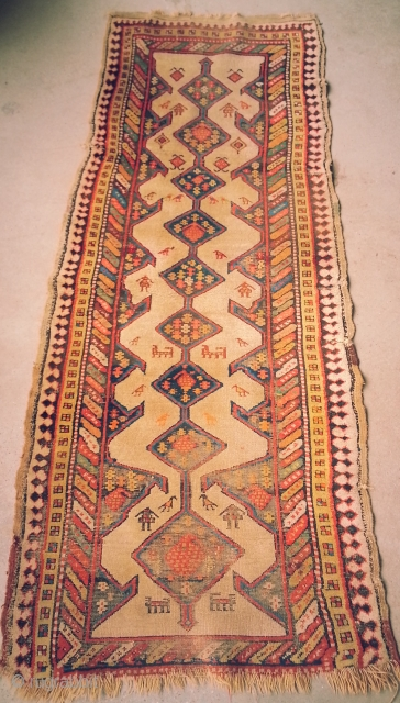 Pretty Village Hamadan Runner. Couple of early synthetic colours, lively. 104in x 42in, 264cm x 107cm.