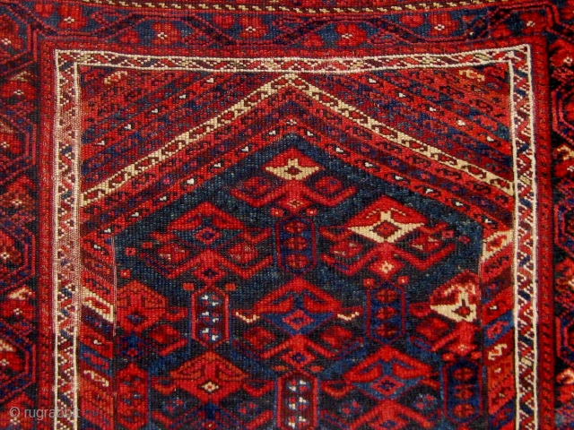 Last quarter of the 19th century Kurdish rug, all natural dyes, wool warps and wefts, flat-woven ends still present, in overall good condition with rewrapped selvages, some oxidation of the browns, very  ...