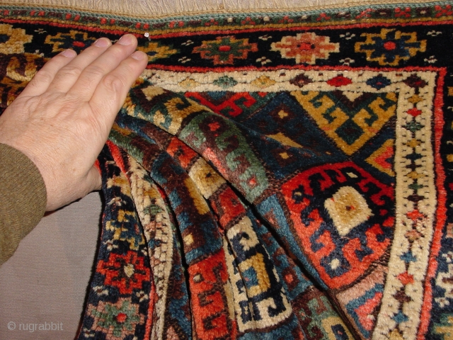 wonderful silky wool, top quality, all ends wonderful secured, no problems 70x80cm 2.3x2.7ft
