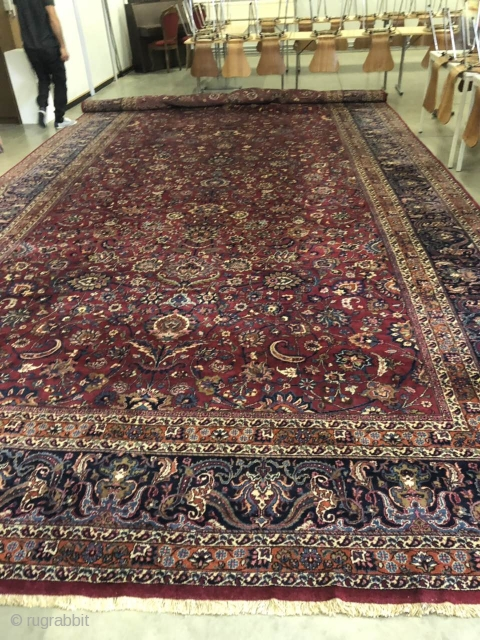 Antique persian oversize rug Mashad signed Very good condition , no damage Size is 26 / 13 feet ( 8.04 / 4.08 cm) The rug is now in Belgium It is possible to pick up from  ...