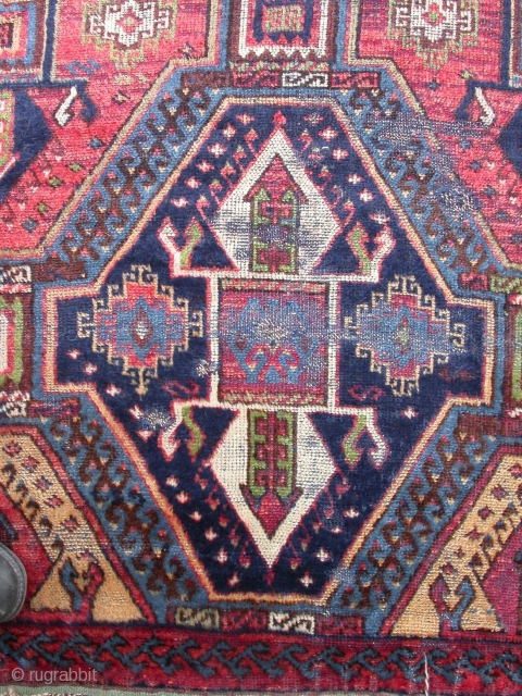 Sarkisla kurdish rug, 310 x 140 cm. Outstanding colour, blue weft, extensive off-set knotting. Battered and worn, but intact and restorable. Only four other examples of this type are recorded in carpet  ...