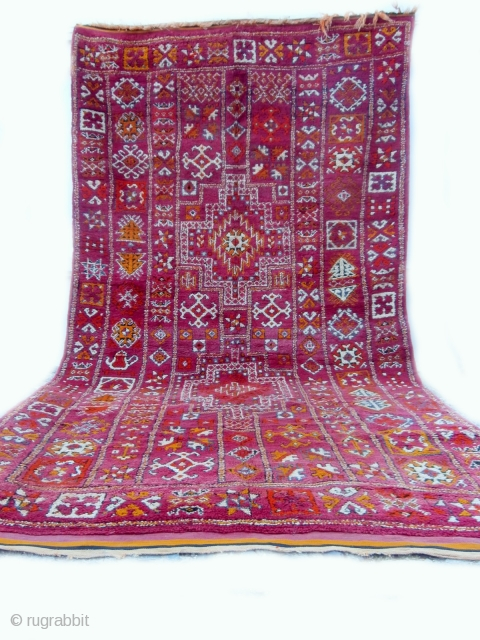 MOROCCAN BERBER MIDDLE ATLAS CARPET this large, very fine and rare carpet is from the region of Zemmour in the Middle Atlas mountains. Its size and fineness suggest that it was woven  ...
