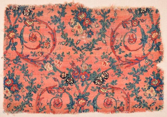 Late 18th Century Persian Bidjar Rug Fragment Size 89 x 131 cm