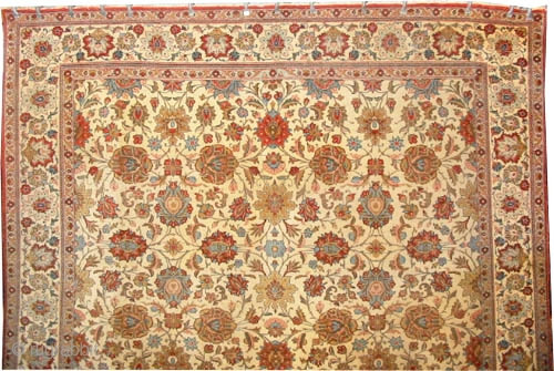 "Qoum Persian, 320 x 218 (cm) 10' 6"" x 7' 2"" 