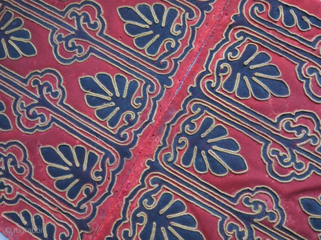 Balkan - possibly Ipiros textile panels silk cord hemmed to hand loomed wool tarde cloth. Some moth damage on them. Freezed and cleaned, printed cloth backing. Circa 1900 -1920 - Size :  ...