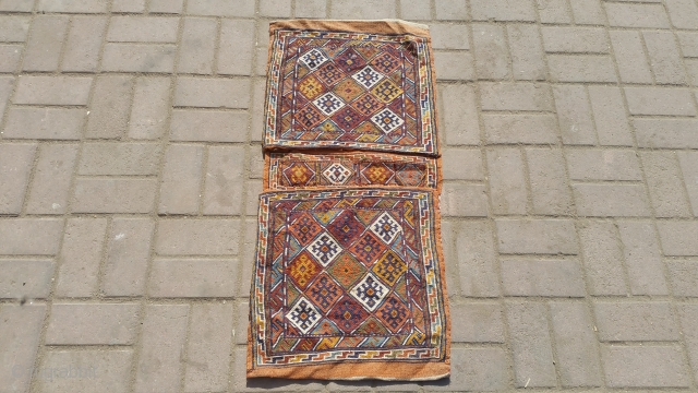 Persian old sirjan khorjin.soft wool with flying colours.size 100×45 cm.Email for more info and pics. 