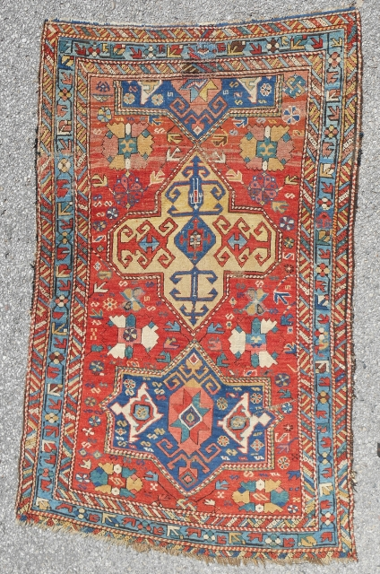 Exceptional East Caucasian Kuba rug with a rare design. Circa 1850-70.