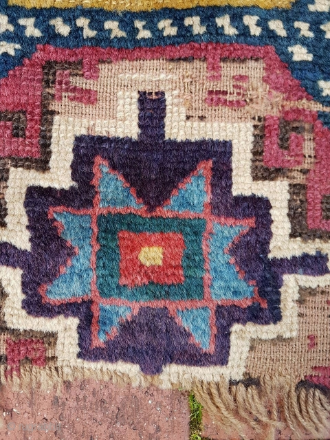 Mid to early 19C Caucasian Kazak rug fragment, 80cm x 48cm. 