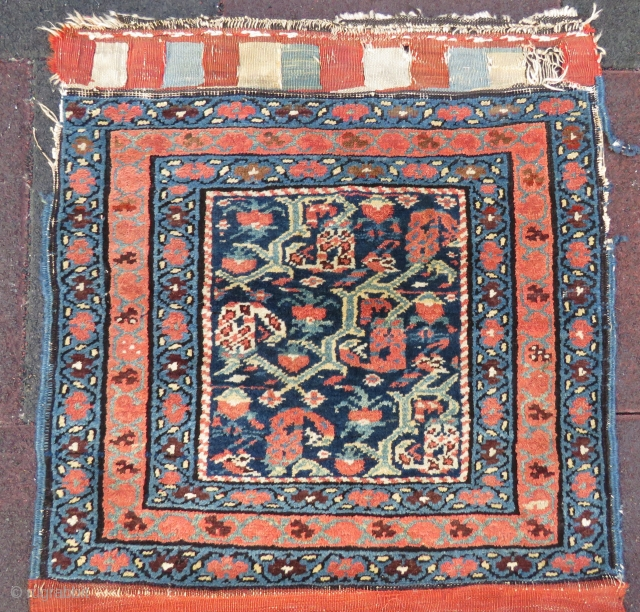 NW persian bag face wonderful coloes and nice condition all original size 63x55 cm Circa 1900