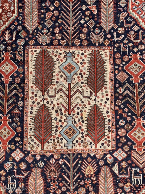 Persian gashgai tribes rug , with  great colors and drawing , size 220x160cm