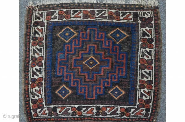 Baluch Bagface, 62 x 67 cm, beautiful aubergine and blue color.