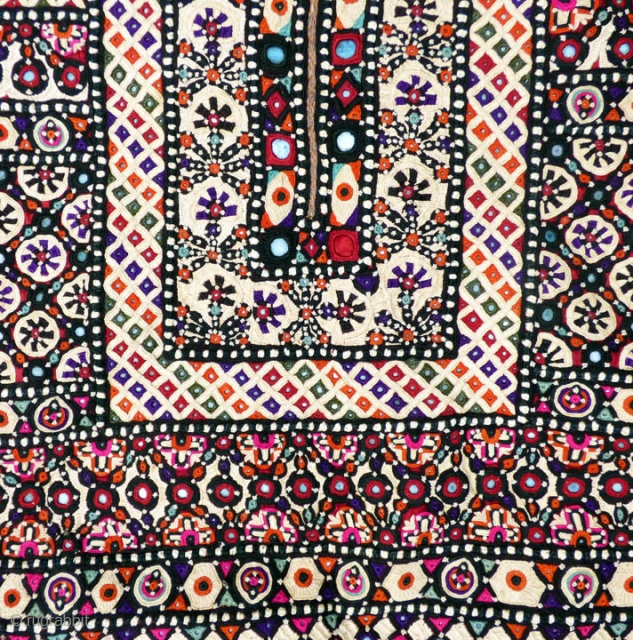 "Tma/Sc Lecture: ""Traditional Textiles of Pakistan"" with John Gillow, Author, Lecturer, Collector, World Traveler and Dealer, United Kingdom.  Saturday, Feb. 13, 2016 - 10:30 a.m., Los Angeles.  John Gillow's talk  ..."