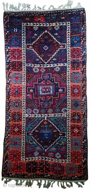 Antique Yörük Kurdish Rug (Reshwan Tribe) - ca.1880 in great condition.  240x118cm