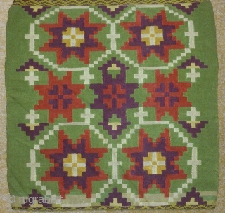Antique Swedish Kilim(Rolakan technique), no: 220, size: 116*40cm.