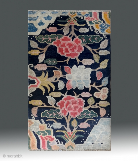 "No.M28 * Tibetan Antique ""Flower Design"". Rug.Age: Late 19th / 20th Century.Size:91x152cm(3'x5').wool/wool.Origin: Tibetan. Shape: Rectangle.Background Color: Blues."
