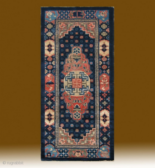 "No.R156 * Chinese Antique ""Medallion"" Rug , Age:Late 19th Century.Size:75x152cm(2'6""x5'). Origin:Baotou-Suiyuan. Shape:Rectangle.Background Color:Blues.