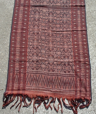 Lio Patola Ikat Shawl: Flores: Eastern Indonesia: Collected more than 30 years ago in Nggela, Flores. A handsome shawl in very fine condition.