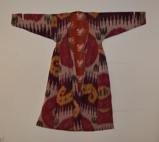 Central Asian Ikat Chapan, Silk/Cotton, Late 19th Century, 47 x 51 inches  Generally in nice condition but was in storage for about 30 years so has some creasing.  Minor run  ...
