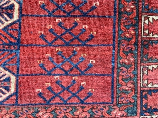 A good 19th century Ersary Turkmen engsi in good overall condition - some minor repairs and slight wear in places - reflected in the reasonable price offered.
