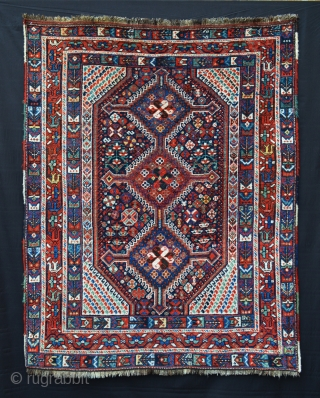 Lovely Khamseh Confederacy rug, Baharlu tribe, in very good overall pile and condition.