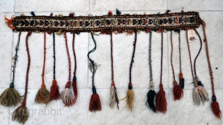 Qashqai Pile horse neck band, early 20th c., 8 x 96 cm. Tassels seemingly of many ages.