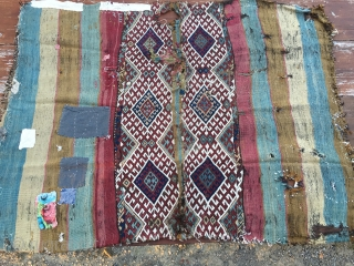 East Anatolia storage bag or cuval. It has just been opened. First photo shows the colorful bag before cleaning. Second photo shows the front. As it is, as it was. More infos  ...