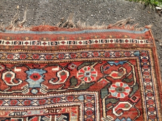 Bird khamseh lustrous wool great pile great graphics There is a cut where someone sized the rug to lay flat  Size is  55 inches by 73 inches
