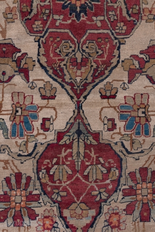 Kerman Carpet  11.3 x 16.0 3.44 x 4.87 If a Kerman is old enough, it is often termed a 'Lavar' from the town near Kerman which woven some of the best antique pieces. The drawing  ...