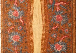 Javanese Batik Breastcloth made in 3 States (Kemben Batik Tiga Negeri)  Origin: Java, Solo / Lasem / Pekalongan, 1900 - 1920  Technique: Natural dyes, hand-drawn batik (tulis)  Description: A fine breastcloth (kemben) hand-drawn separately in  ...