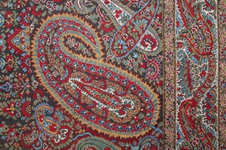 French Paisley Moon Shwal Square Rumal Moon with Paisley Design.Made for Indian Market.C.1900.Its size is 155cm x 160cm.(DSL03780).