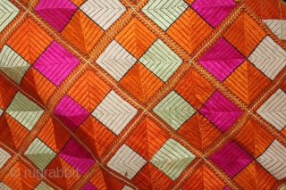 Phulkari From East(Punjab)India Called As Punjabi Bagh.Rare Design.Floss Silk on Hand Spun Cotton khaddar Cloth.Mind Condition.(DSL03470).