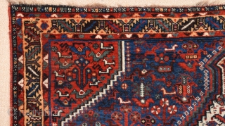 Late 19th Century Persian Khamseh Bird Rug size 123x154 cm