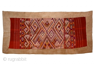 Tai Daeng Xieng Kuang Silk Embroidery