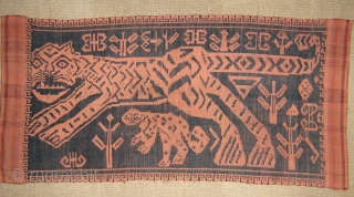 Power blanket in silk-cotton from Vietnam,cm.127x61,in perfect condition.