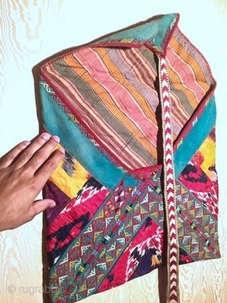 A dazzling and very rare antique large silk embroidered Turkmen / Turkoman Ikat bag , dating to 19th Century and made by the ersari tribe, likely around middle of Amu Darya region.  ...