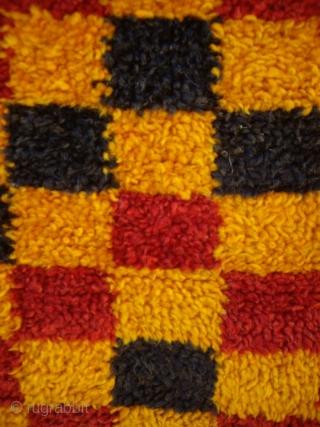 http://oldorientalcarpet.com/MOROCCO_8.html