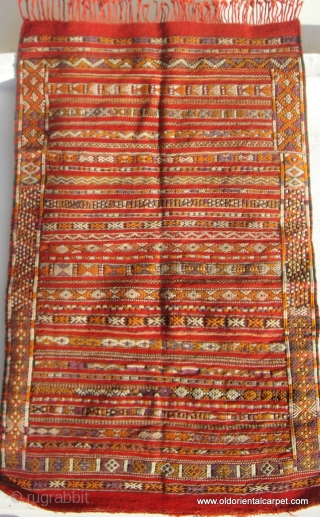 MOROCCAN BERBER MIDDLE ATLAS KILIM / FLAT WEAVE from the region of Zeymour in the western Middle Atlas. The piece is about 30-40 years old and in excellent condition. It is finely  ...