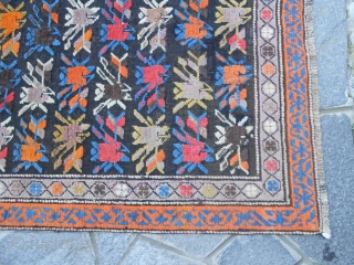 250 X 87  CM ANTIQUE PIECE KNOTTED IN CAUCASUS KARABAGH. IN VERY GOOD CONDITION. ALL WOOL. WASHED AND READ TO USE. OTHER INFO ODER PHOTOS OF IT, ON REQUEST. THANKS FOR YOUR ATTENTION TO MY CARPETS. REGARDS,  ...
