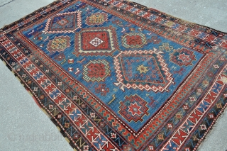 Big Antique Caucasian Kazak rug - 5'6 x 8'6 - 168 x 260 cm.