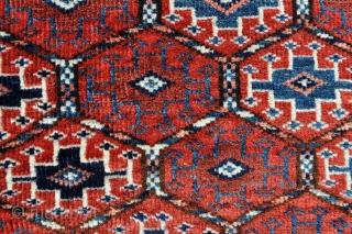Turkmen Salatchak Rug - 3'2 x 2'11 - 96 x 89 cm.
